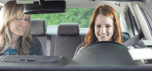 Milyen autóval tanuljunk vezetni?